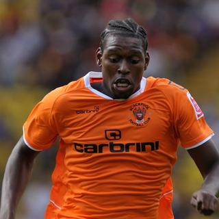 VIDEO: Arsenal youngster Emmanuel Thomas scores solo cracker for Blackpool