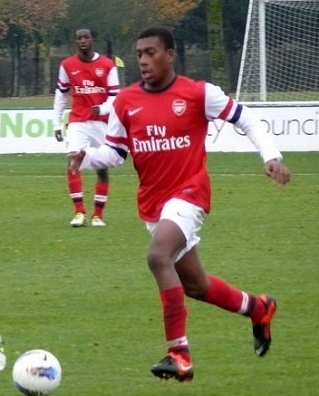 Alex Iwobi squandered a good opportunity early on against Villa