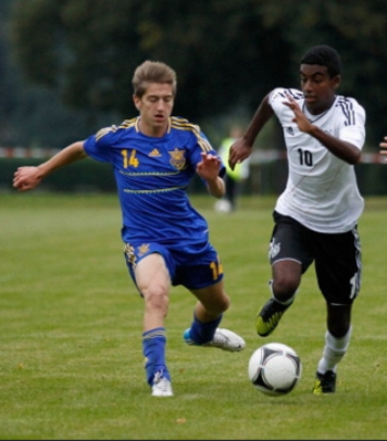 Zelalem (right) was born in January 1997
