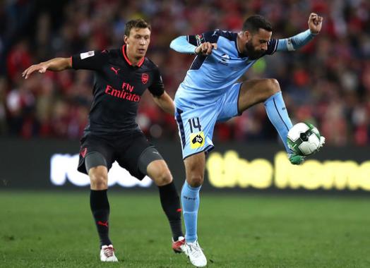 2017-08-09 21_20_57-Krystian Bielik Photos Photos - Sydney FC v Arsenal - Zimbio